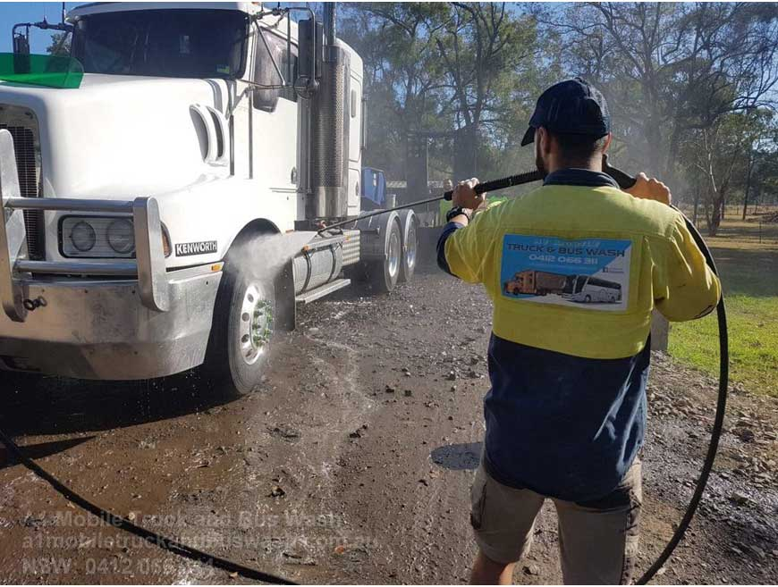 Why Washing Your Truck Or Bus Is Important?